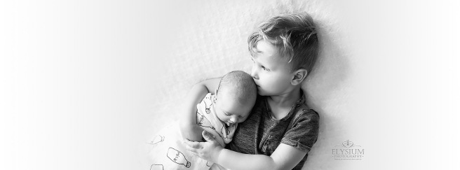 Sydney Newborn Photographer specialising in relaxed natural in-home lifestyle newborn photography