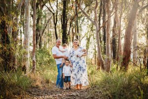 A family session set amongst the Sydney gum trees